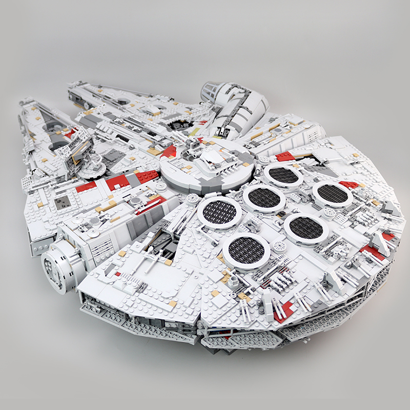 CUSTOM 05132 Building Blocks  Star Wars Millennium Falcon Building Brick Sets