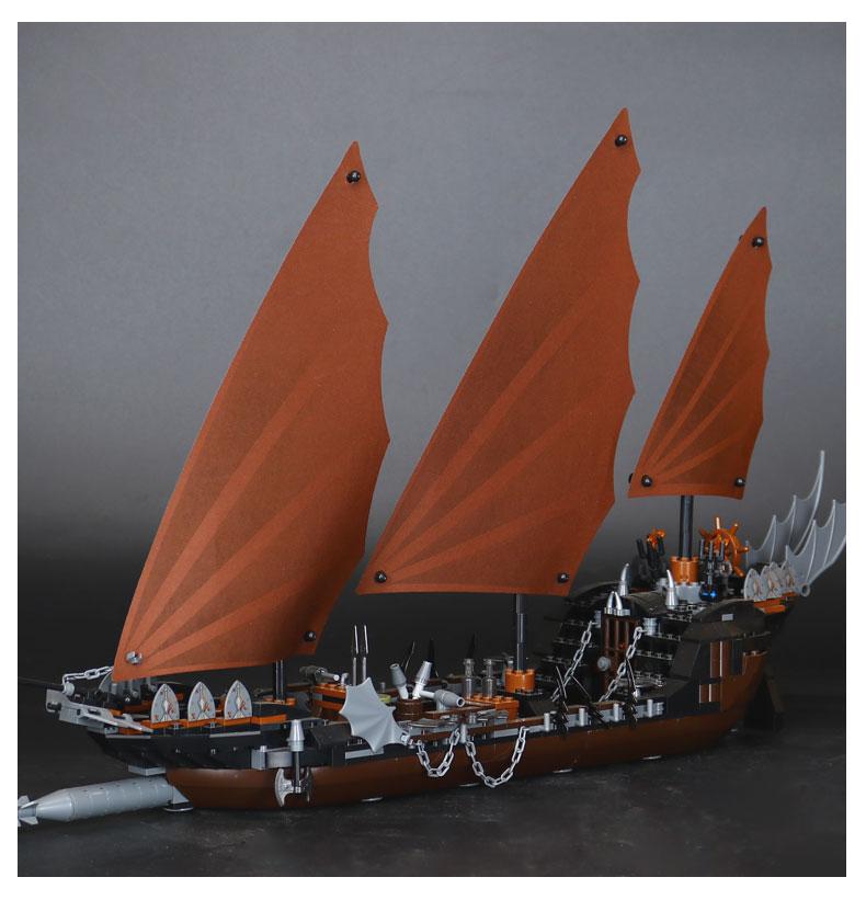 LEPIN 16018 Building Blocks Pirate Ship Ambush Building Brick Sets