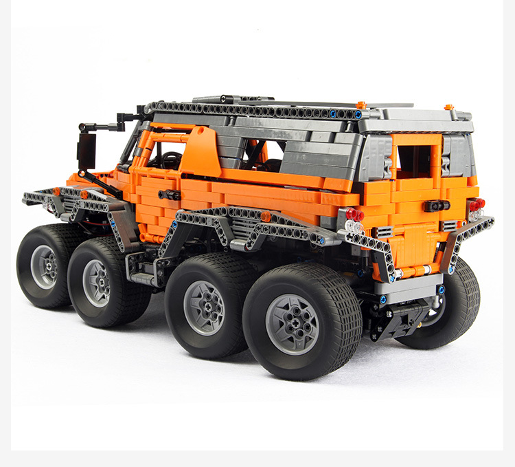 LEPIN 23011B MOC Orange Avtoros Shaman 8x8 Building Bricks Set