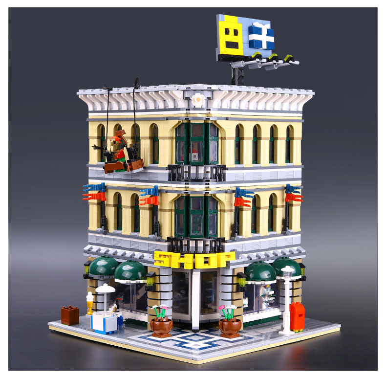 CUSTOM 15005 Grand Emporium Building Bricks Set
