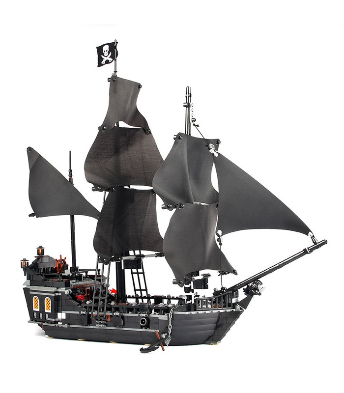 Custom Pirates of the Caribbean The Black Pearl Building Bricks Toy Set 804 Pieces